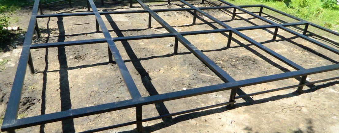 Каркас фундаментной плиты, фундамента, сваи, опоры