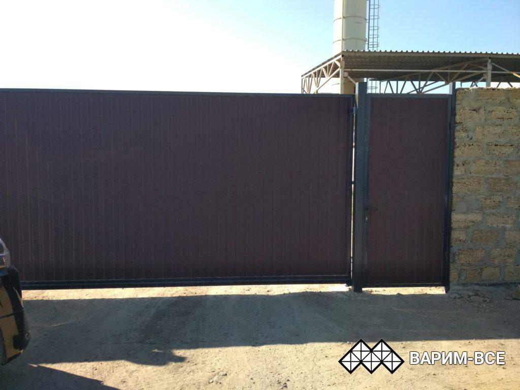 Откатные ворота в Симферополе, примеры работ